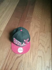 red and black New Era 9fifty Chicago Bulls cap