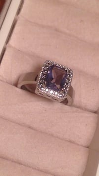 Gorgeous Ring Size 5 Edmonton, T6E 0R2