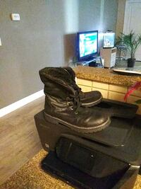 boots size 9 Lakewood Township, 08701