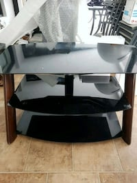 3 tier glass shelf TV stand Mississauga, L5A 2H6