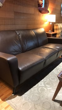 Leather Couch - Sofa North Vancouver, V7L 1H9