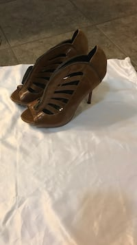 pair of brown leather peep-toe heeled sandals Gulfport, 39503