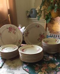 Set of 8 white ;Pink floral Dinner Dish. $25.00 Silver Spring, 20906