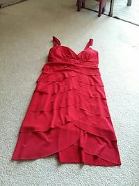 Let Chateau dress.   Small.   Worn for grandma 10  Quinte West, K8V 1Z5