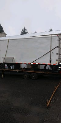 Container/Box with Maxon Lift gate 3300lb.
