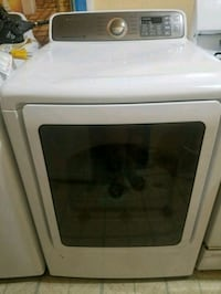 NEVER USED/Samsung electric dryer  Bronx, 10456