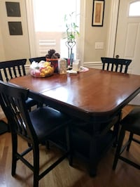 Dining Room Set for Sale!