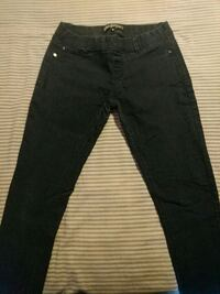 Womens size M no zipper BoomBoom jeans DeKalb, 60115
