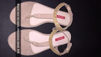 pair of white-and-pink sandals Toronto, M6J
