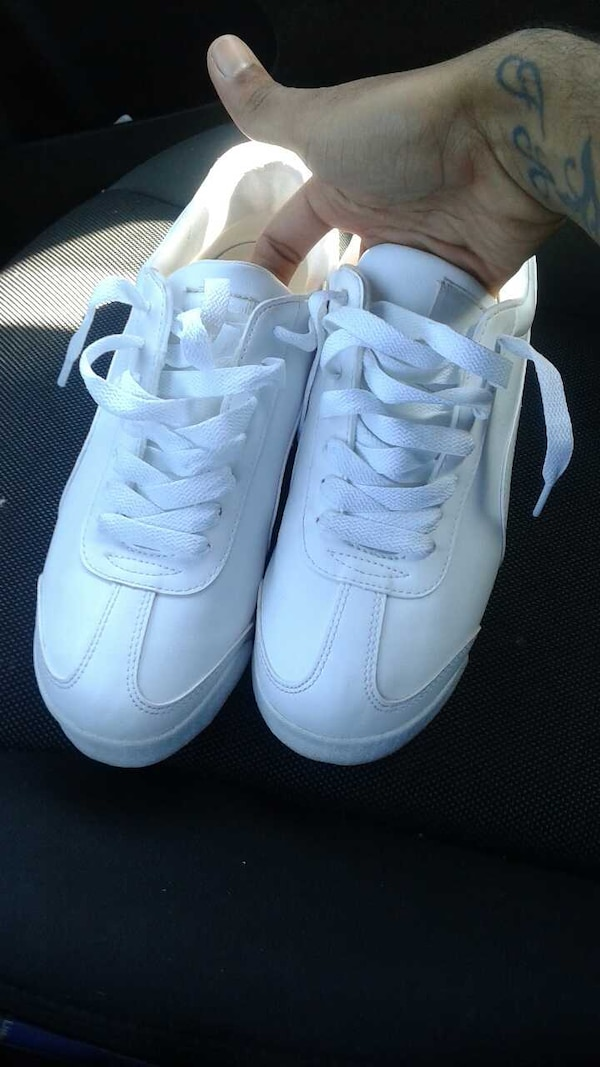 Used All White Pumas for sale in Lawton - letgo f5c59378d