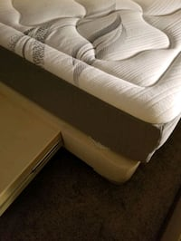 Queen mattress and bed frame with drawers  Las Vegas, 89131