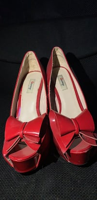 Shoes Hedgesville, 25427
