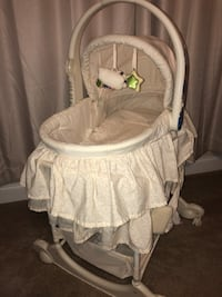 Moses bassinet with changer  30 km