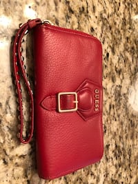 GUESS purse and matching wallet  Vaughan
