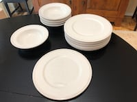 Portuguese Dinnerware Reston, 20190