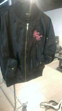 black zip-up jacket Mississauga, L4Y 4G6