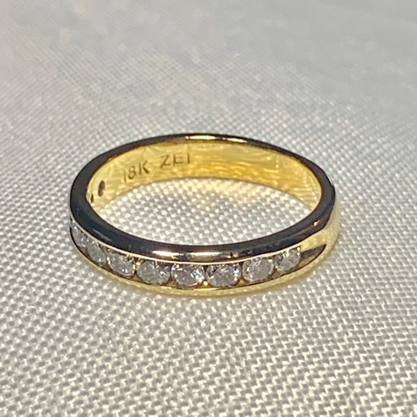Genuine 18k Gold Diamond Wedding Band Ring 7b88f283-6366-41fd-9abb-1c72efb959b0