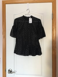 New Women's H&M Ruffled Top (US size 4)
