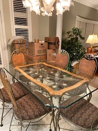 Kitchen Table -Moving Sale