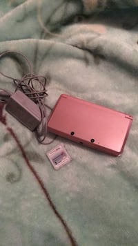 nindendo 3Ds  with   one game card and charger Clovis, 93612