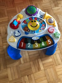 Baby Einstein discovering music activity table Toronto, M9V 3T2