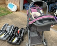Graco baby stroller with carrier and 2 bases New Salem, 17408