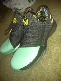 James Hardens VNDS SIZE 7 Falls Church, 22041