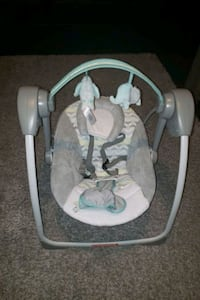 Baby Rocker - New Born to 4months  Barrie, L4M 0K6