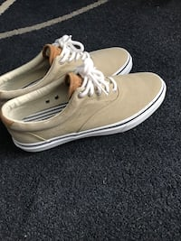Selling Sperry Boat Shoes - Size 10 St Catharines, L2S 3T2