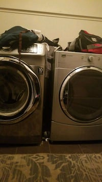 gray front-load clothes washer and dryer set 3532 km