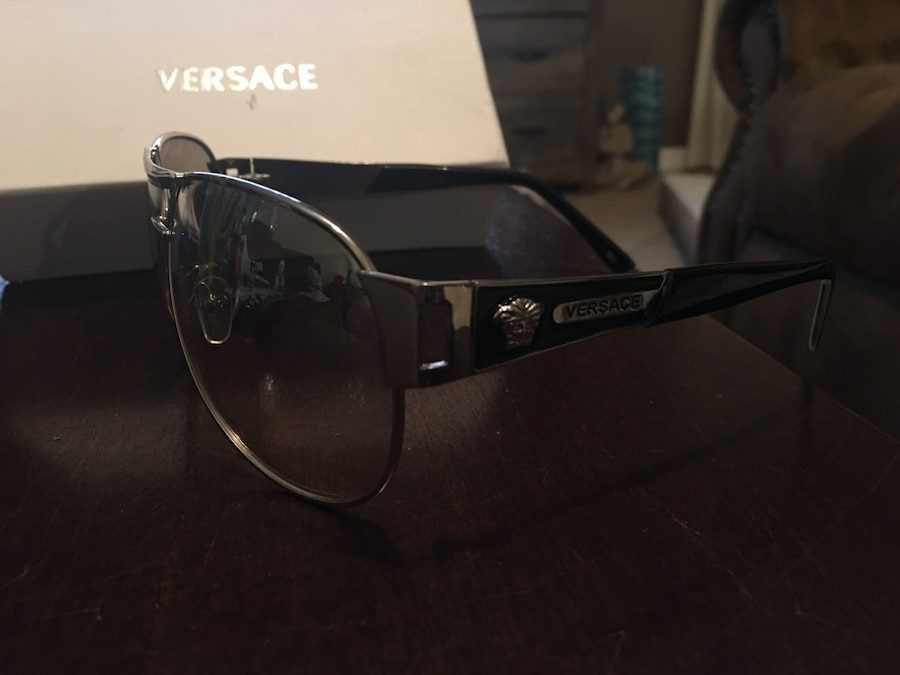 Stainless steel frame. New Versace sunglasses with box slightly Tinted - Clermont