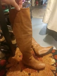 Size 6 boots American Fork, 84003