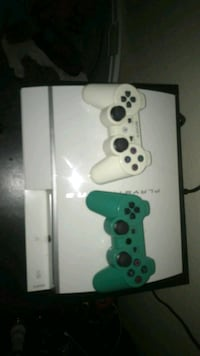 Ps3, 2 controllers, 2 games St. George, 84790