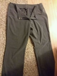 black and gray Nike pants Shelbyville, 37160