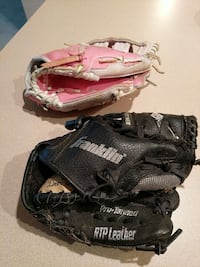 Youth tee ball gloves Mount Airy, 21771
