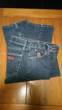 Womans Wrangler 20x jeans Mineral Wells, 76067