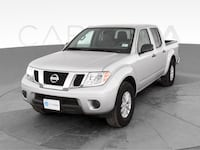 2019 Nissan Frontier Crew Cab pickup SV Pickup 4D 5 ft Silver <br