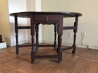 Antique Gate Leg Drop Leaf Wood Table