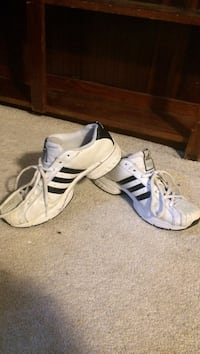 pair of white Adidas low-top sneakers Vancouver, V6P
