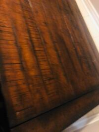 Solid wood table Vaughan, L6A 4G2