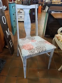Cute chair $35 plus tax Spring Hill, 37174