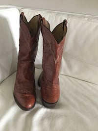 Nearly new Tony Lama men's cowboy boots size 12 m fits up to 13 - steal