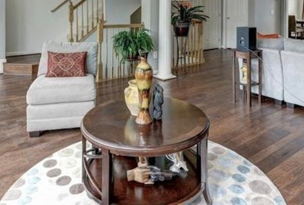 MOVING SALE-Coffee table, dinning room table and chairs and much more