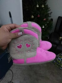 toddler's pink-and-gray suede cowgirl boots Baltimore, 21225