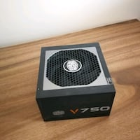 Power Supply - Cooler Master 750V