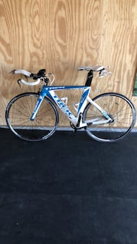 blue and white road bike Ashburn, 20147