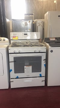New gas whirlpool stove Jersey City, 07306