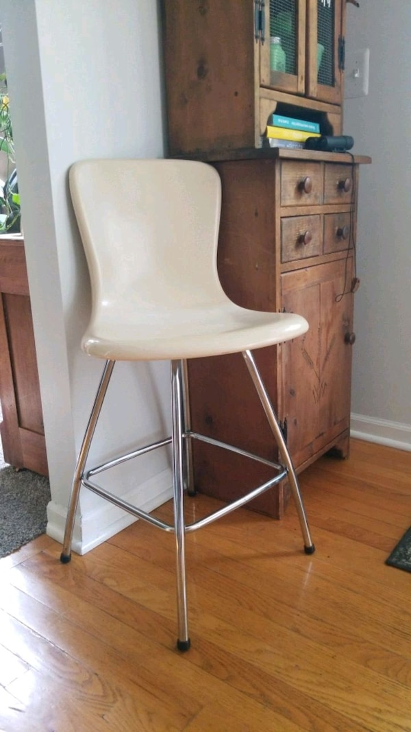 new product 3fbb4 be7a2 MCM Eames style Cosco Hamilton Counter Chair