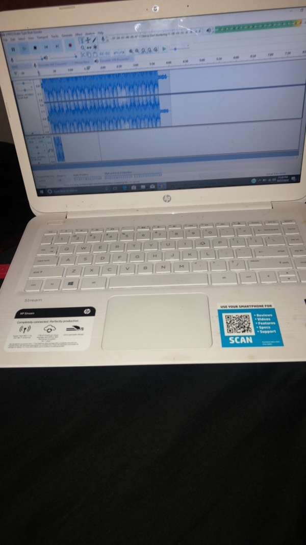 Hp stream laptop 4gb ram with box