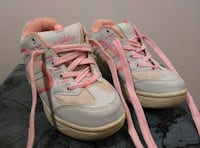 Air Heelys pink and white tennis shoes - Size 1 Accokeek, 20607